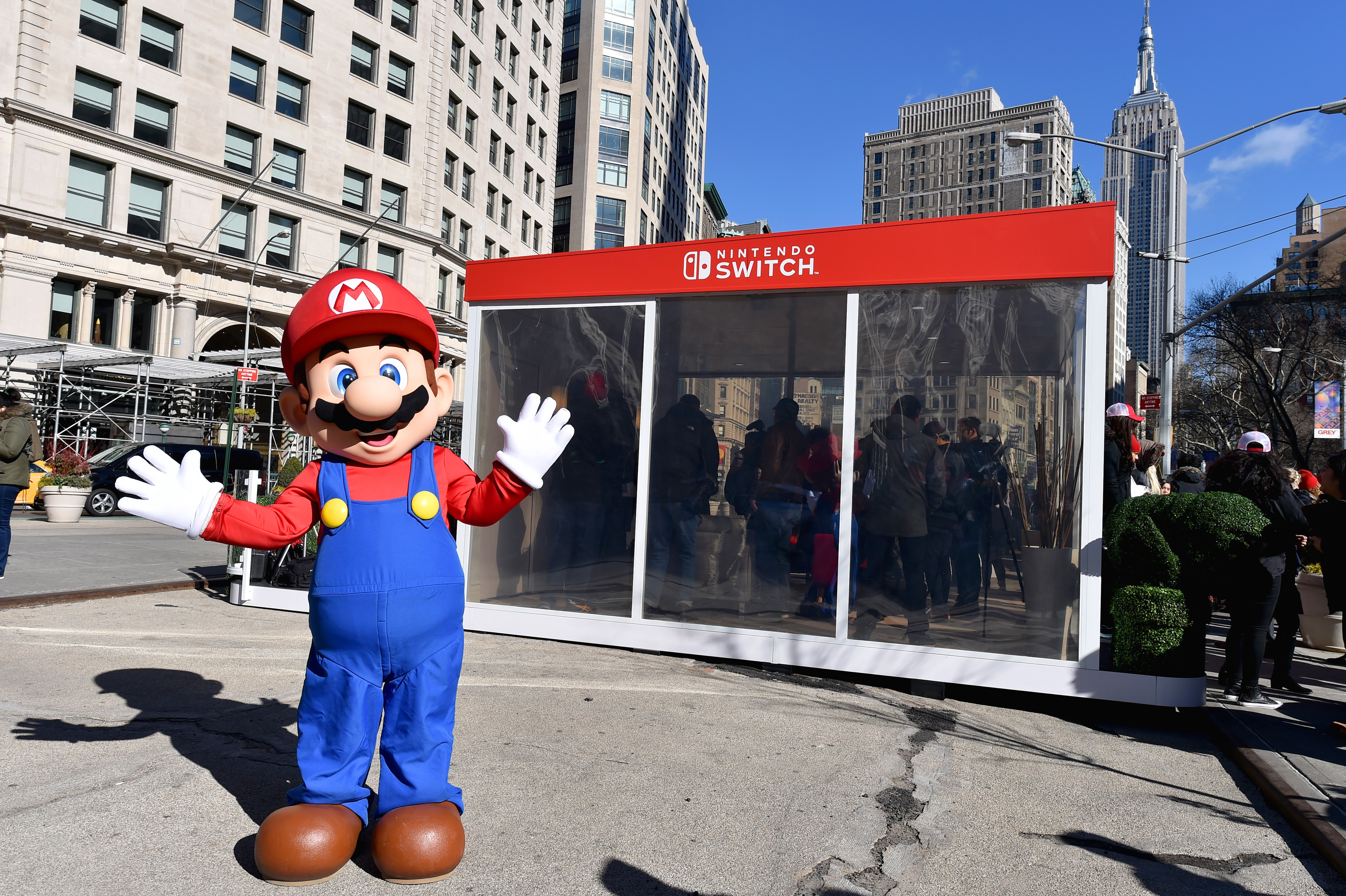 photos of the nintendo ny store nintendo switch launch unexpected places event perezstart. Black Bedroom Furniture Sets. Home Design Ideas
